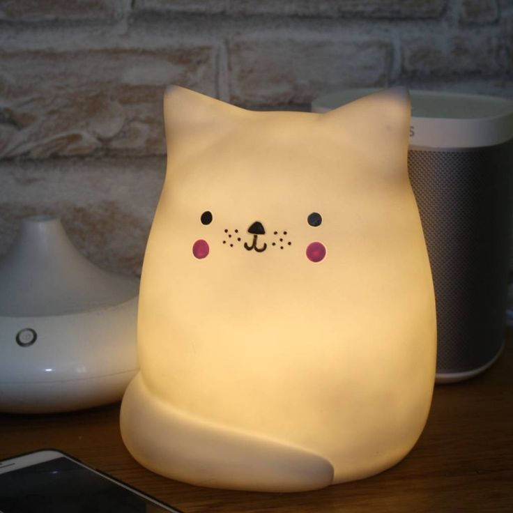 Are you interested in our cat lamp? With our kawaii cat lover gift you need look no further.