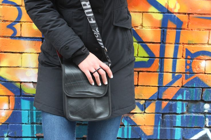 Small crow bag. Handcrafted in Ubud, Bali by local artisans and made from repurposed inner tube. Vegan and fair trade accessories. www.chicmadeconsciously.com