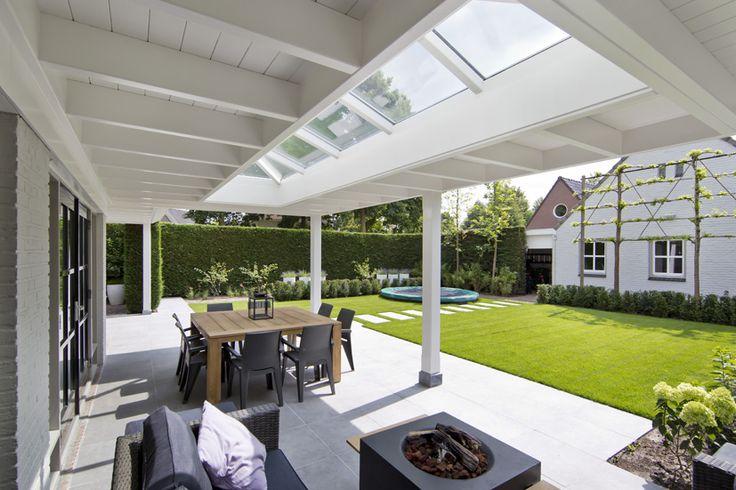 Houten-veranda-wit-met-klossen-26
