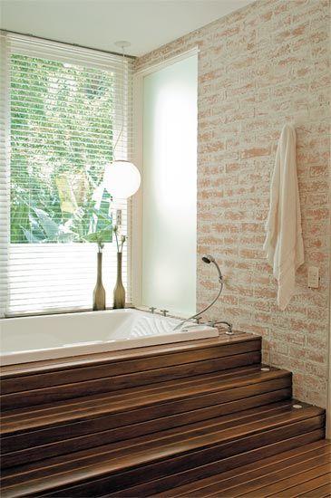 Parede tijolo caiado branco #casas de banho# #bathroom rustic #tijolo
