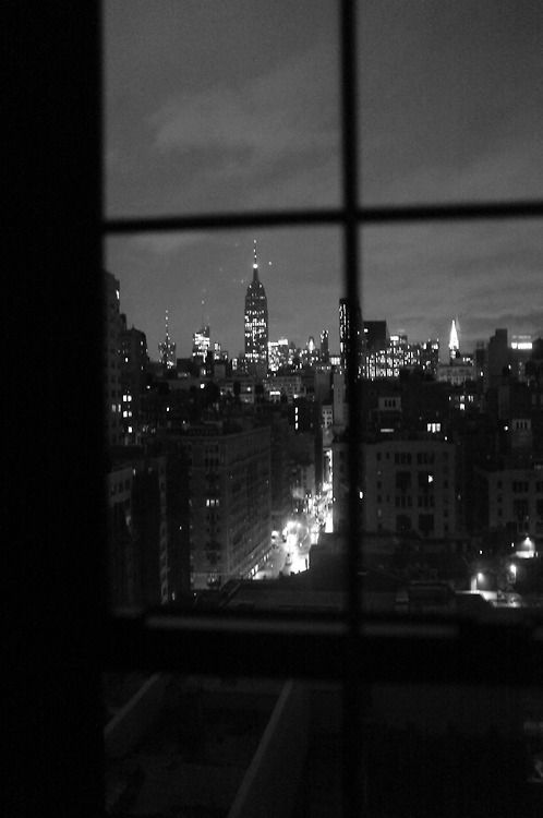 New York In Black And White. Image Via: L'extravagance