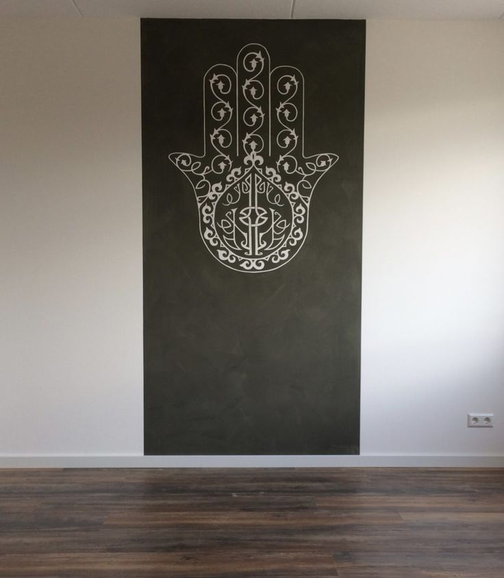 Hamsa. Fatima Hand. Muurschildering slaapkamer - Miranda Maakt het Mooi