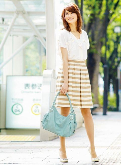 上品デザインの柄スカートは先輩になってから! | ファッション コーディネート | with online on ウーマンエキサイト
