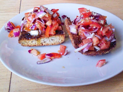 Too hot for heavy lunches? Try our healthy, Quick and Easy home-made Bruschetta.