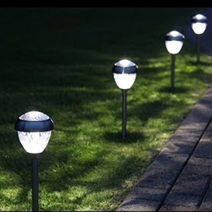 25 Best Ideas About Driveway Lighting On Pinterest: 25+ Best Ideas About Solar Pathway Lights On Pinterest