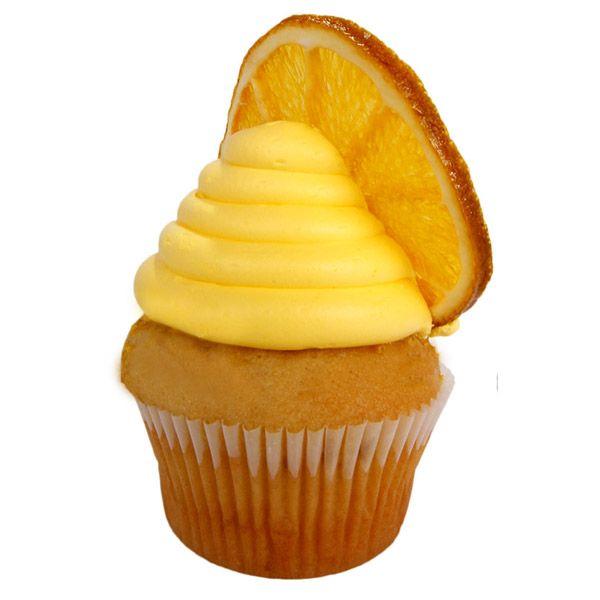 Para un delicioso sabor cítrico creamos un cupcake con masa de vainilla y extracto de naranja adornado con una crema nata con esencias de esta misma fruta.
