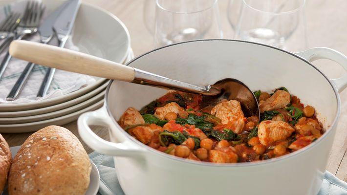 Kyllinggryte med kikerter, tomat og spinat - MatPrat