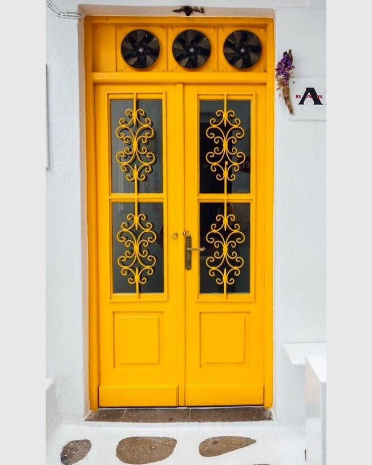 Francois Illas New Tradition: Rays Of Sunshine #doors #yellow #pattern #greekislands