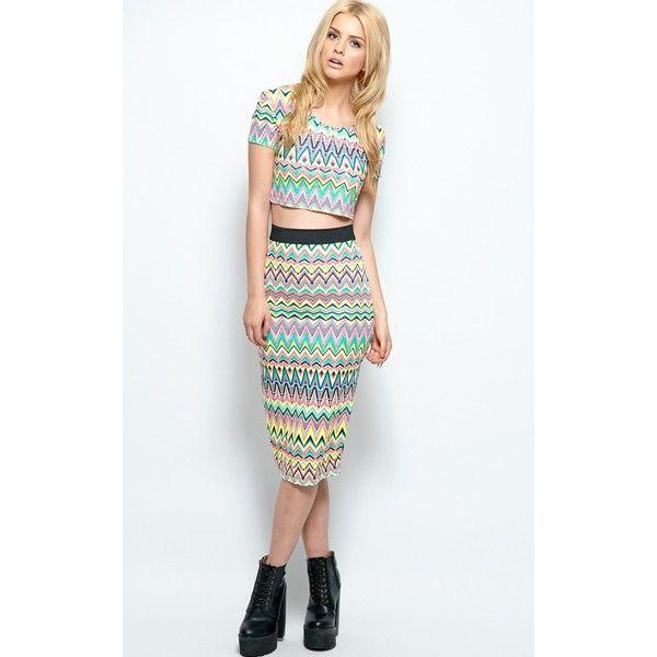 Khloe Aztec Print Midi Skirt (5.55 CAD) ❤ liked on Polyvore featuring skirts, black, midi skirt, aztec midi skirt, crop skirt, rayon skirt and mid calf skirts