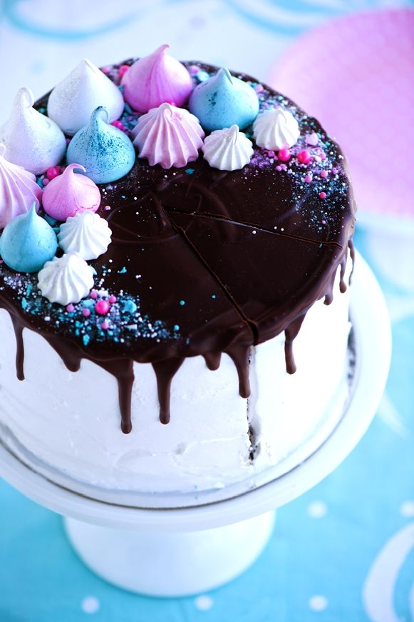 Meringue Dream Cake via Sweetapolita