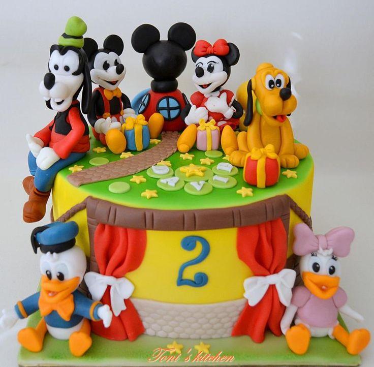 Hello Disney Mickey And Minnie Cake Disney Cakes Disney