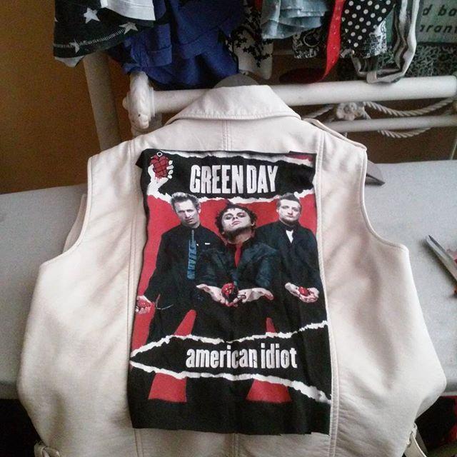 Should I or should I not #patch the vest? #rockstarsandbutchers #greenday