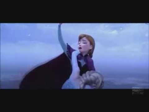 """Frozen """"Do you wanna build a snowman?"""" Reprise…. WHY WAS THIS NOT INCLUDED IN THE FILM OMG IT'S SO PERFECT <3"""