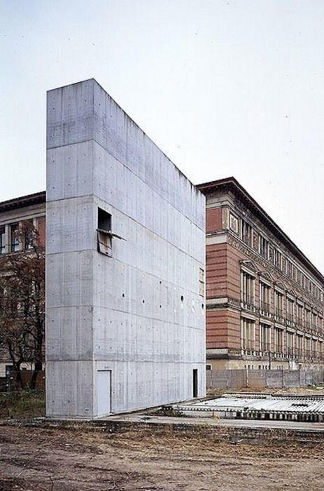 topographie-des-terrors-the-three-concrete