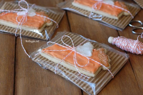 Cute Bake Sale Packaging | it s super simple corrugated cardboard plain cellophane bags and baker ...