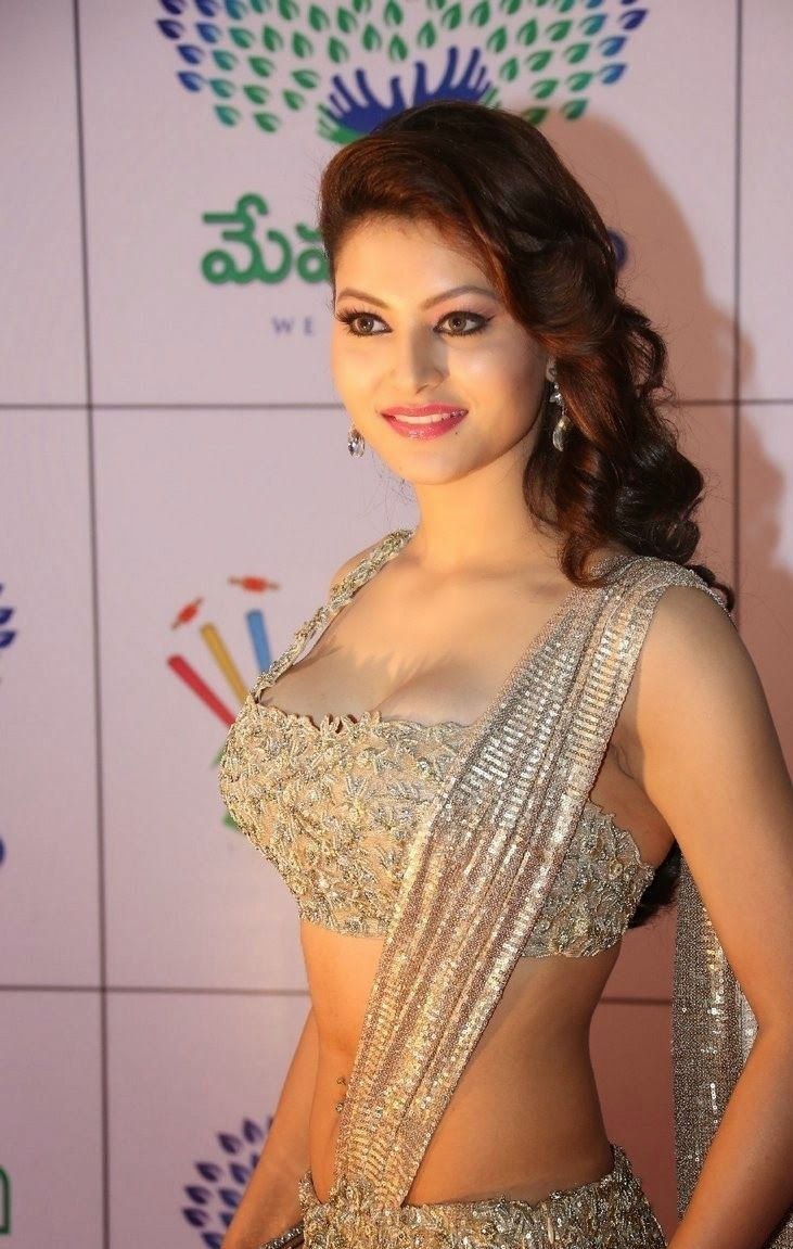 Urvashi Rautela , so bold , so beautiful and too sexy to handle. - Bollywood Reporter