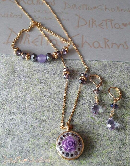 Set en murano con dije en wglue con flor en resina y cristales. Puedes pedirlo en el color que quieras!!!! Diretta ♥ Charms Accesorios que resaltan tus encantos. Info wtp + 57 3127080891.  #DirettaCharmsAccesorios#DirettaAccesorios#inspiration#purple#flowers#muranoglass#crystals#happy#exclusive#only#madewithlove#crystal#jewelry#jewelryhandmade#cute#nice#cool#love#instalike#instagood#instaart#instacute