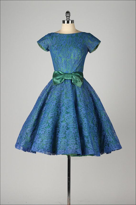 vintage 1950s dress . blue lace . green by millstreetvintage {Repin}