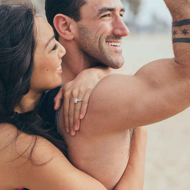 23 Awesomely Athletic Ideas For Engagement Photos~these are really cute and he would love them!!