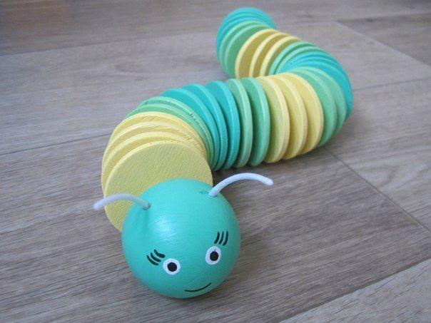 Деревянная игрушка - гусеница. Мастерская Смекалкин