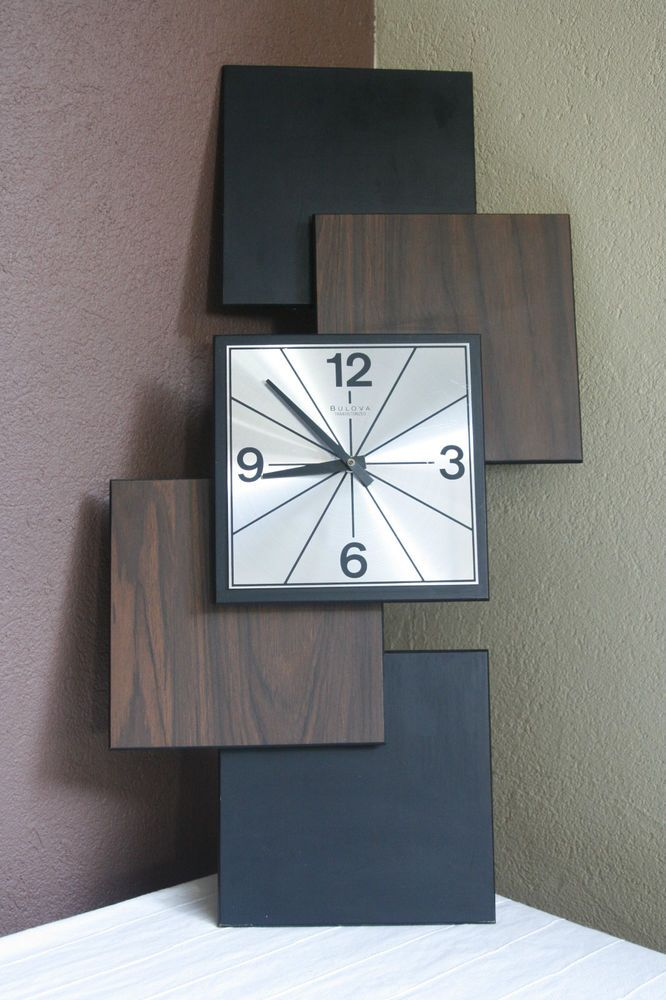 Vtg Bulova Transistorized Wall Clock  MCM Mid Century Modern Stacked Squares Design