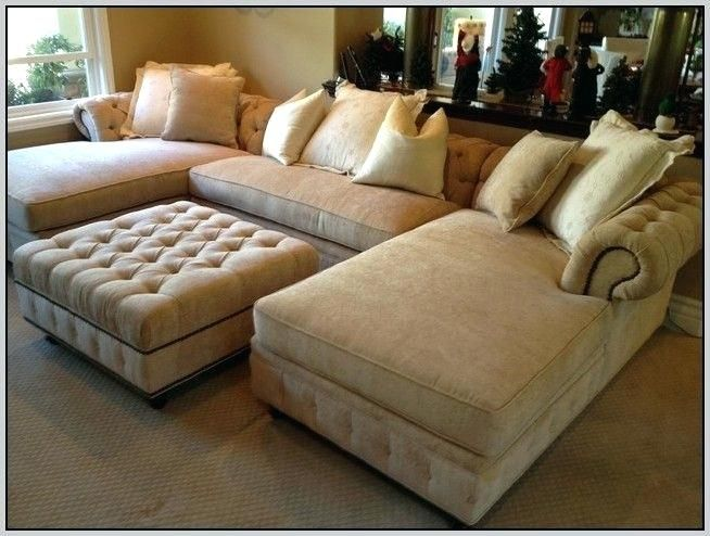 Reasons You Should Make Purchase Of The Oversized Living Room Chair Online In 2020 Custom Sectional Sofa Oversized Chair Living Room Oversized Sectional Sofa #oversized #living #room #furniture #sets