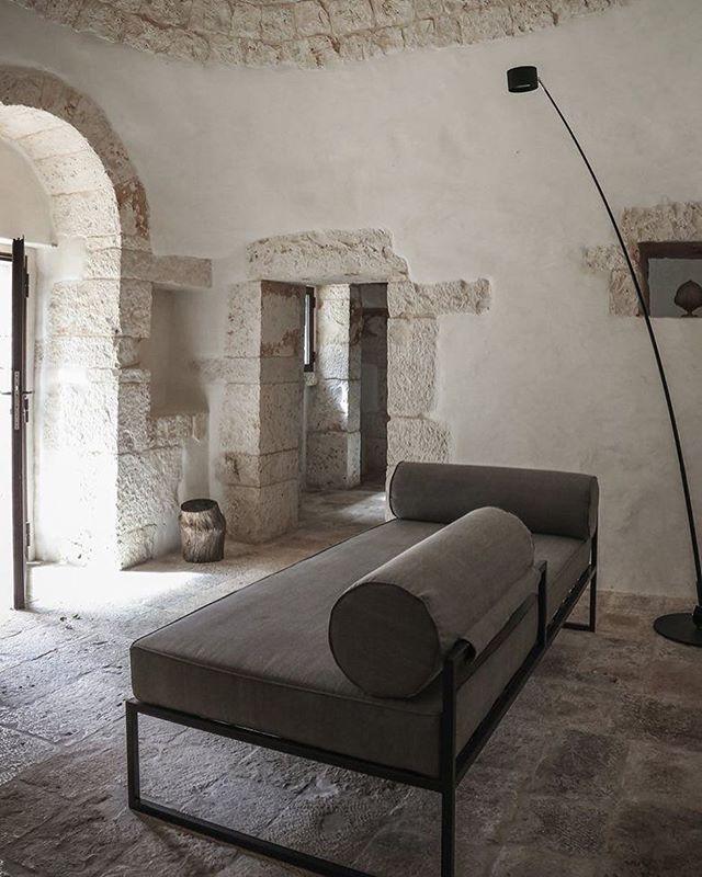 Casa JMG, Polignano A Mare Luca Zanaroli #interiors #interiordesign #styling #interiorstyling #architecture #instarchitecture @davidegroppi #davidegroppi #light @dedece #lucazanaroli #lucazanaroliarchitect #italianarchitecture #daybed #stone #stonefloor #instainteriors