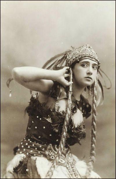 Tamara Karsavina—The Firebird, 1910