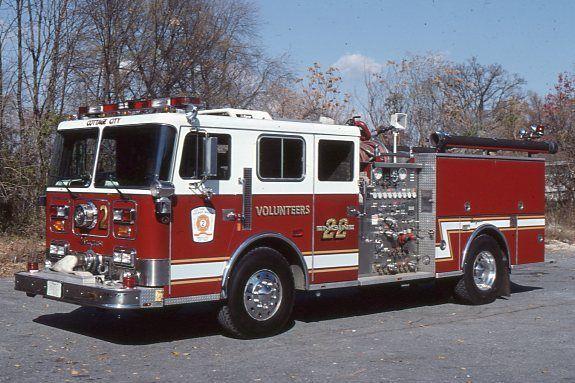 Cottage City MD E22 1989 Seagrave Pumper - Fire Apparatus Slide
