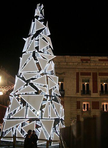 Unique geometric Christmas tree