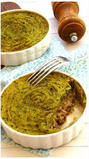 PARMENTIER DE COURGETTES AU BŒUF::: C'est le moment de la Courgette dans nos jardins,il faudra commencer à trouver divers recettes pour l'utiliser,elle est très peu calorique et s'accommode avectout, viandes,poissons,épices et même du chocolat,on peut la préparer en salade,poêlée,rôtie,crue,confite..