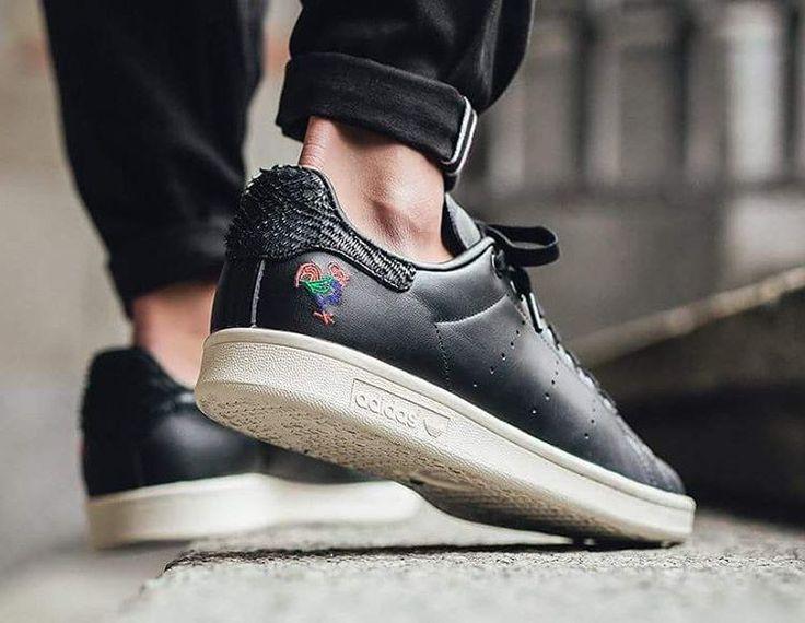 "adidas Originals Says ""Xin Nian Kuai Le"" With a Celebratory Chinese New Year Pack \\ Available in store - Online  @adidasoriginals www.urbanstaroma.com  #ultraboost #snobshot #rome #adidasultraboost #xinniankuai #Adidas #ultraboost #primeknit #urbanstaroma #igsneakercommunity #kicks #kickstagram #fashion #dope #sneakernews #sneakerhead #sneakers #shoes #running #snobshots #swag #man #me #nofilter #nicekicks #cool #teamcozy @adidasita @adidasoriginals"