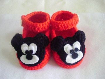 Free Crochet Pattern For Mickey Mouse Shoes : Baby crochet shoes