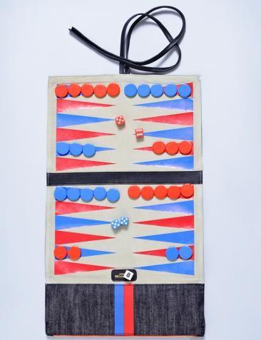backgammon game from bird