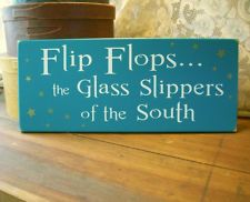 Flip Flops Glass Slippers of South Wood Beach Sign Summer Wall Decor Plaque