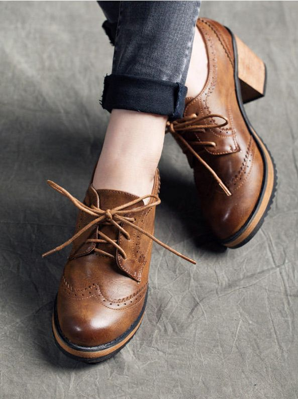 Stitched Block Heel Lace-up Oxford Shoes #oxfords #shoes #oxfordsshoes #laceupshoes