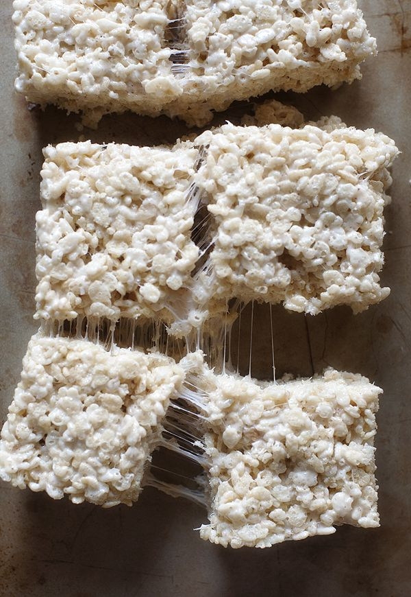 the best rice crispy treats...ever  | www.prettyplainjanes.com