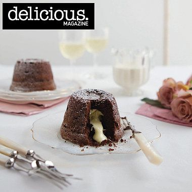 Dark and white chocolate melt-in-the-middle puds recipe - From Lakeland