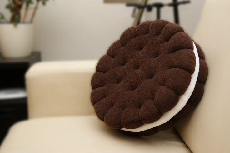 Sandwich cookie pillow, Oreo pillow – a unique product by crafti. Via en.DaWanda.com.