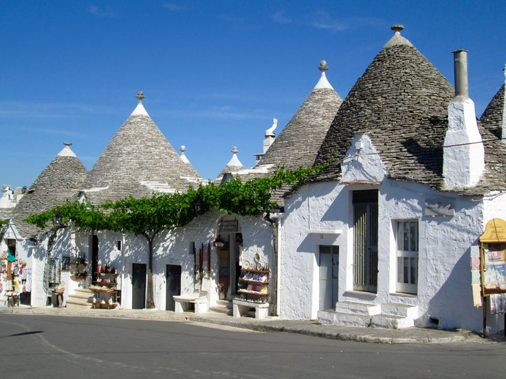The Trullo - A Southern Italian Home. A Must See on your Italy trip!