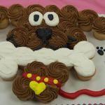 dog cupcake cakes...just arrange individuals into puppy!