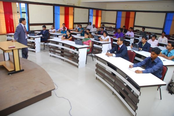 Synergy #School of #Business (#SSB) is an autonomous business school approved by Ail India Council for Technical Education (AICTE), Ministry of HRD, Government of India, New Delhi.  http://ssb.edu.in/