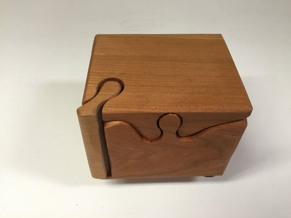 Hechos a mano 4 pieza Cherry madera Puzzle caja por Geneswoodnstuff