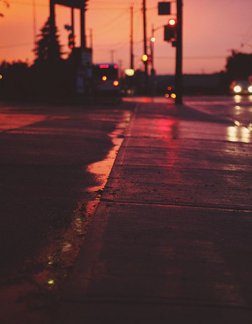 call me a dork, but I love the way the streets look at night after its rained. the way they shine. And yes, I know I'm weird