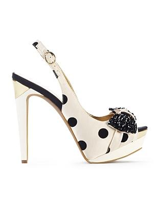 Bows and polka dots? Yes please.: Spots Polka Dots, Cute Shoes, Clothing, Js Shoes, Heels High, Closet, Shoes High Heels, Jessica Simpsons, Dots Shoes I