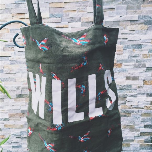 Jack Wills Parrot Tote Bag perfect for school! Jack Wills Bags Totes