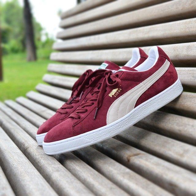 "#Rocher PUMA SUEDE ""Burgundy"" Disponible @nine.fr dès l'ouverture ! #Nine #NineShop #nice06 #puma #suede #sneaker #sneakers #snkrs #snkrhds #shoes #shoe #shoegasm #sneakerhead #sneakeraddict #sneakerholics #classic #sneakerporn #sneakernews #sneakeraddict #snkrshot #shoegame #soleonfire #kicks #kickstagram #nicekicks by nine.fr from #Montecarlo #Monaco"