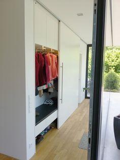 Wohnen : Moderner Flur, Diele & Treppenhaus von Hammer & Margrander Interior GmbH