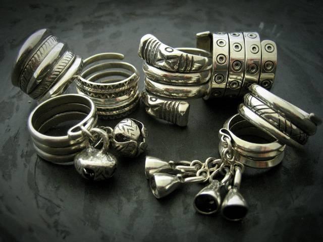 "Stunning Latvian jewelry sold from this store in Latvia :: SIA ""Baltu Rotas"" :: Inita un Vitauts Straupes :: Sākums"