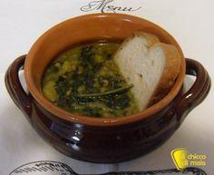 Zuppa di lenticchie e cavolo nero allo zafferano. Ricetta vegana della zuppa di lenticchie in versione raffinata, con patate, cavolo nero e zafferano